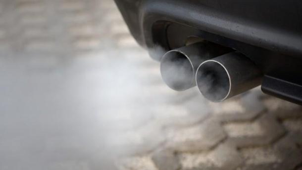 Immagine: Smog: in Lombardia stop ai diesel Euro 4 in quattro province
