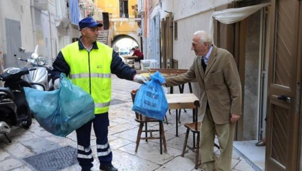 Immagine: Nuova tappa a Bari del seminario Anci – Conai sulla gestione dei rifiuti